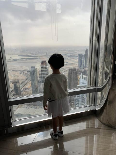 异彩纷呈的迪拜之行 - 第二天 - 哈利法塔早餐+迪拜Mall+地球村(妈妈的博客)-第6张图片-Celia的博客