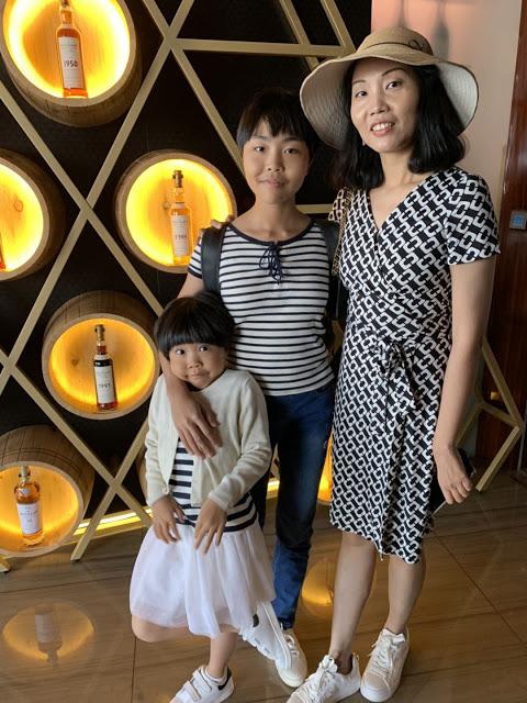 异彩纷呈的迪拜之行 - 第二天 - 哈利法塔早餐+迪拜Mall+地球村(妈妈的博客)-第14张图片-Celia的博客