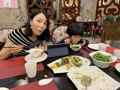异彩纷呈的迪拜之行 - 第一天 - 新加坡飞迪拜+朱美拉皇宫酒店(妈妈的博客)-第14张图片-Celia的博客