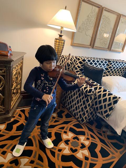 异彩纷呈的迪拜之行 - 第一天 - 新加坡飞迪拜+朱美拉皇宫酒店(妈妈的博客)-第26张图片-Celia的博客
