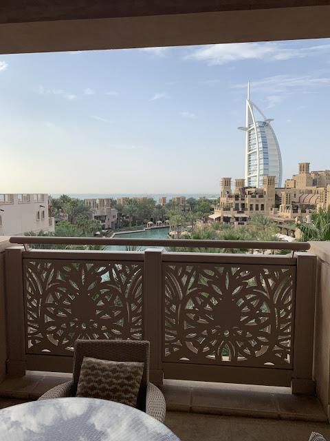 异彩纷呈的迪拜之行 - 第一天 - 新加坡飞迪拜+朱美拉皇宫酒店(妈妈的博客)-第28张图片-Celia的博客
