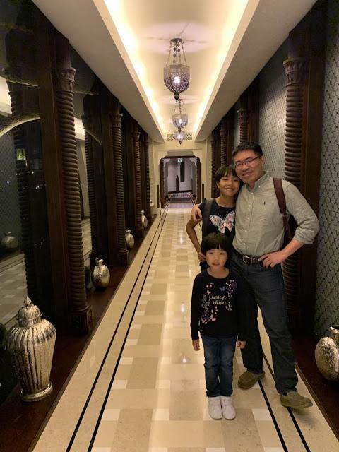 异彩纷呈的迪拜之行 - 第一天 - 新加坡飞迪拜+朱美拉皇宫酒店(妈妈的博客)-第36张图片-Celia的博客
